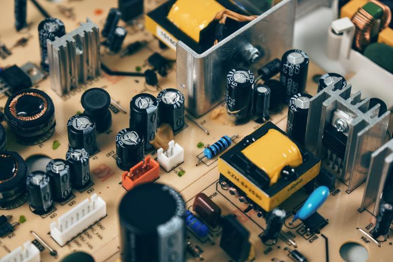 Free Images - SnappyGoat com- bestof:Seri-resistors 2 JPG