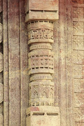 stone carving pillar temple hinduism traditional antique travel asia stone carving old ancient carved monument history india landmark column religion historical rock design