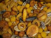 pipes-peanuts-dried-fruits-pepes-977175.jpg