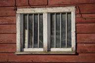 window-wood-barn-home-weathered-667968.jpg