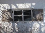 window-farmhouse-antique-649046.jpg
